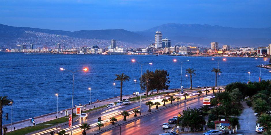 İzmir Gece Görünümü