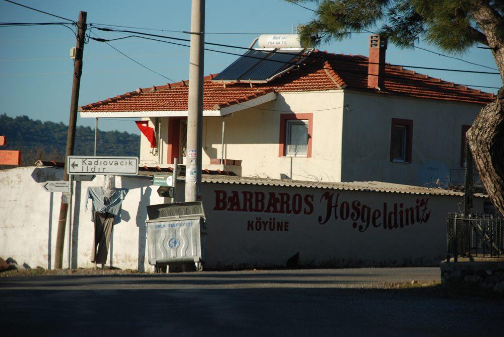Barbaros Köyü Girişi